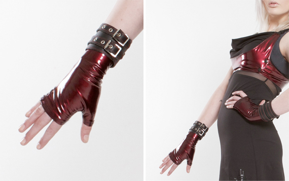 item of the week : pvc oilslick mini gloves by Plastik Wrap