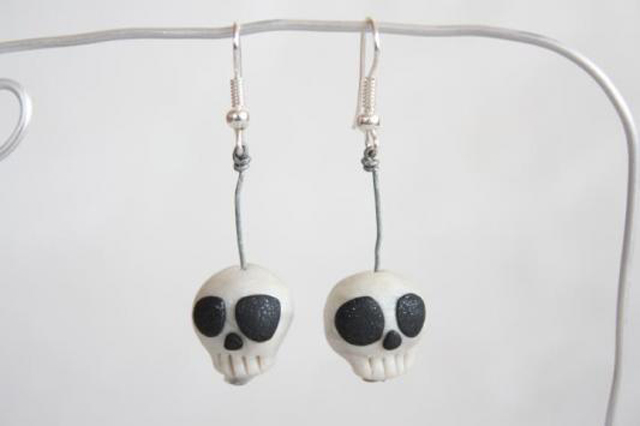 item of the week : Skull Earrings by Emily Tomasik